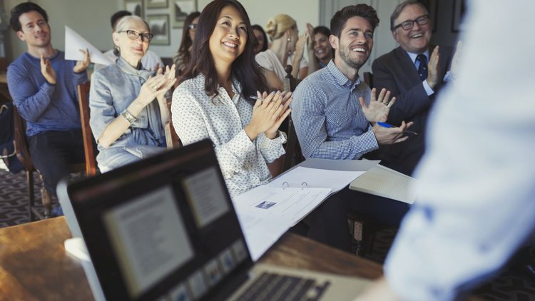 Instantly Be More Persuasive With These 12 Tips