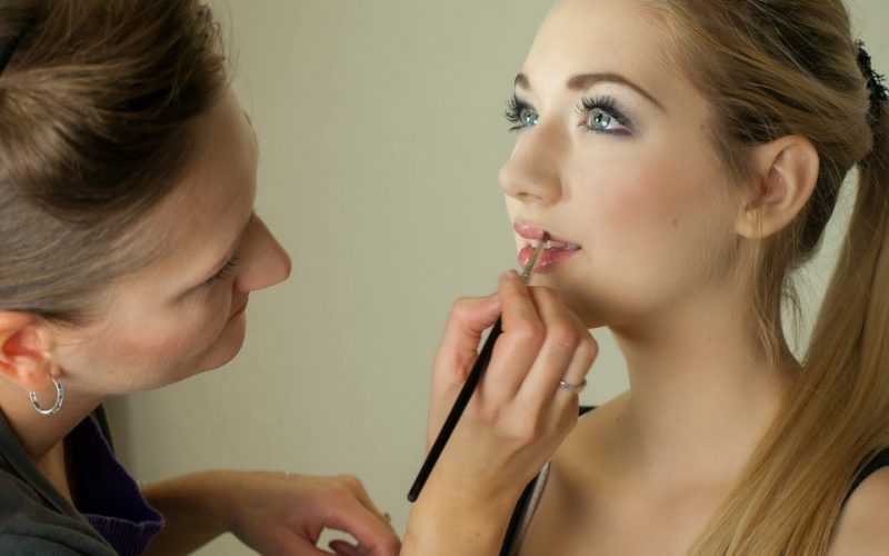 Using Models in Your Advertising Campaign? Be Careful With Their Make-Up